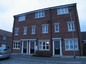 3 Bedrooms Terraced House for sale in 12 Pilgrims Way, North Lincolnshire