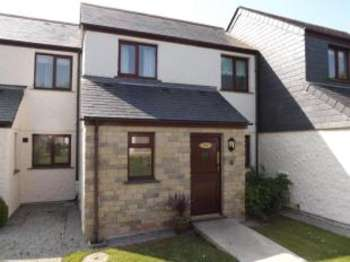 2 Bedrooms Terraced House for sale in Maen Valley, Goldenbank, Falmouth