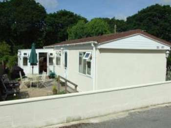 2 Bedrooms Mobile Home for sale in Maen Valley, Goldenbank, Falmouth