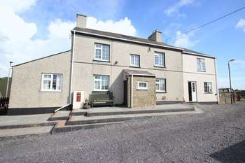 5 Bedrooms Detached House for sale in Llannerchymedd, Anglesey