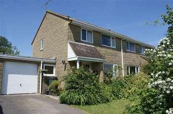 3 Bedrooms Semi Detached House for sale in North Crescent, Milborne Port