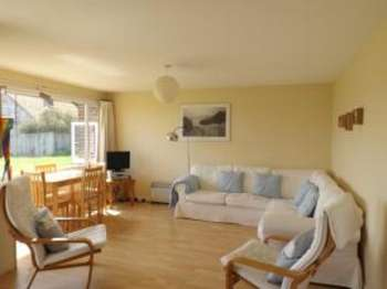 2 Bedrooms Bungalow for sale in Sandy Gulls, Alexandra Road, Norwich