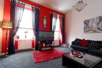 2 Bedrooms Flat for sale in Quarry Street, Hamilton, ML3 7AG