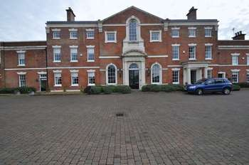 2 Bedrooms Flat for sale in Lawton Hall Drive, Stoke-On-Trent