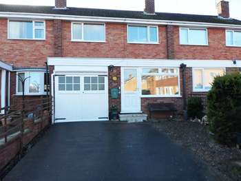 3 Bedrooms Terraced House for sale in Cantreyn Drive, Bridgnorth