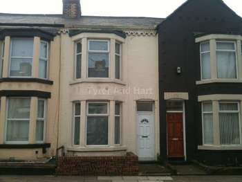 3 Bedrooms Town House for sale in Hero Street, Bootle