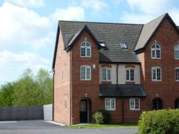 3 Bedrooms Semi Detached House for sale in Lytham Close, Great Sankey, Warrington, Cheshire