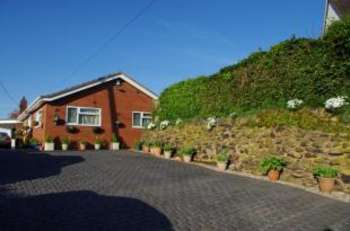 4 Bedrooms Bungalow for sale in Wilmore Hill Lane, Hopton, Stafford, Staffordshire