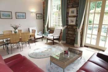 2 Bedrooms Flat for sale in 8 Colne Tower, Barkisland Mill