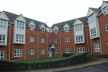 2 Bedrooms Flat for sale in ** HOT PROPERTY ** Lauder Way, Pelaw