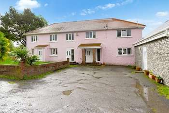8 Bedrooms Detached House for sale in Carway, Kidwelly, Carmarthenshire