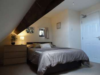 Property for sale in Broughton Avenue, Doncaster