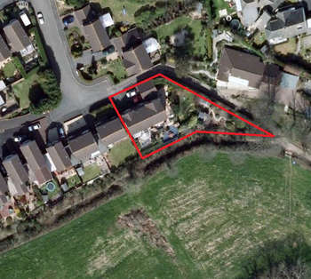 5 Bedrooms Detached House for sale in Elburton
