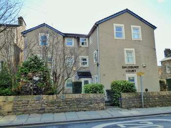 3 Bedrooms Flat for sale in West Road, Lancaster