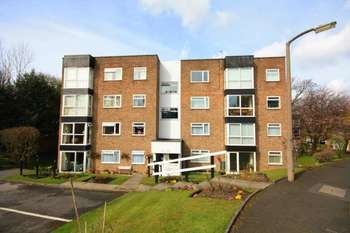 2 Bedrooms Apartment Flat for sale in Brentwood Court, Manchester