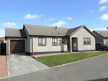 3 Bedrooms Detached Bungalow for sale in 3 Bed Detached Bungalow; Excellent Presentation; The Paddocks; Redruth