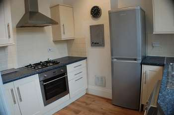2 Bedrooms Flat for sale in ** HOT PROPERTY ** Rudyerd Street, North Shields