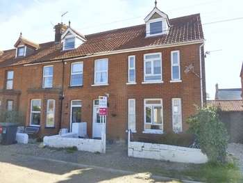 6 Bedrooms Terraced House for sale in Bacton