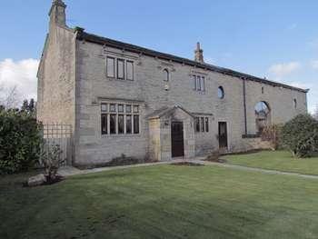 5 Bedrooms Semi Detached House for sale in Bents Farm Close, Littleborough