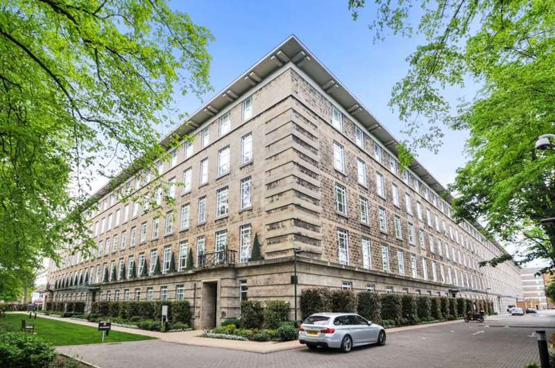 4 Bedrooms Apartment Flat for sale in Bromyard House, Bromyard Avenue W3 7BY
