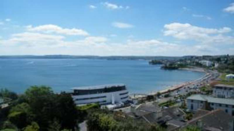 3 Bedrooms Flat for sale in Warren Road, Torquay, Devon