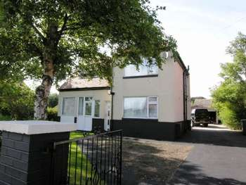 3 Bedrooms Detached House for sale in Fourwinds, Hackensall Road, Knott End On Sea.