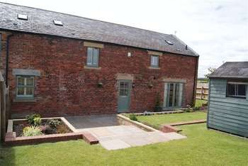 3 Bedrooms Terraced House for sale in Park Farm Barns, South Newsham Road, Blyth