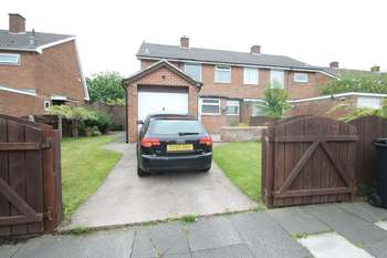 3 Bedrooms Semi Detached House for sale in Southwick Avenue, Easterside