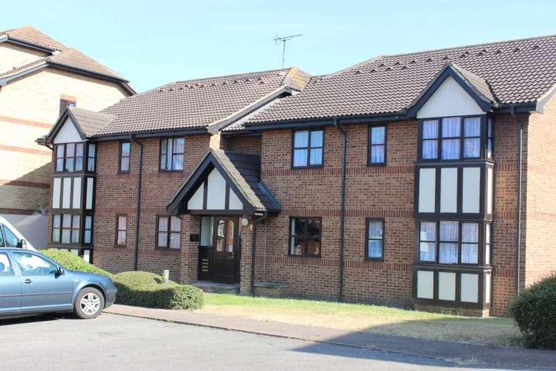 2 Bedrooms Apartment Flat for sale in Dunster Court, Dartford, DA2 6SD