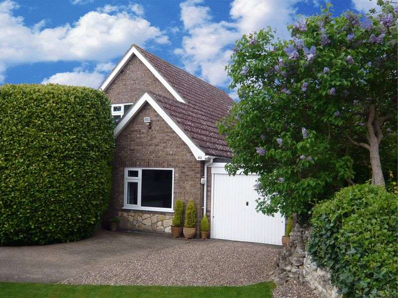 3 Bedrooms Detached House for sale in The Green, Welbourn, Lincoln