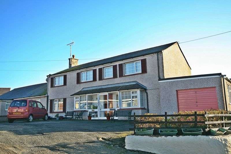 4 Bedrooms Semi Detached House for sale in Salem Street, Amlwch