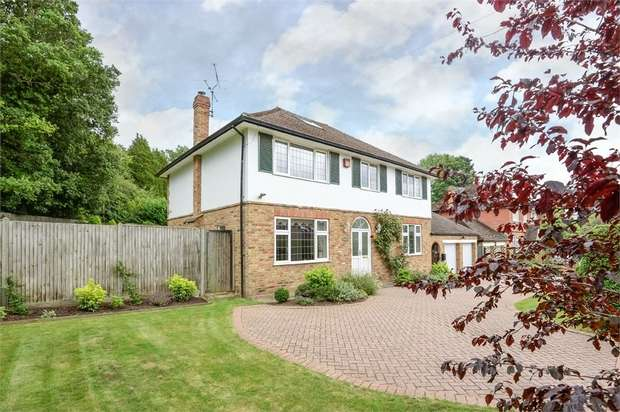 5 Bedrooms Detached House for sale in Oakways, Kings Road, CHALFONT ST GILES, Buckinghamshire