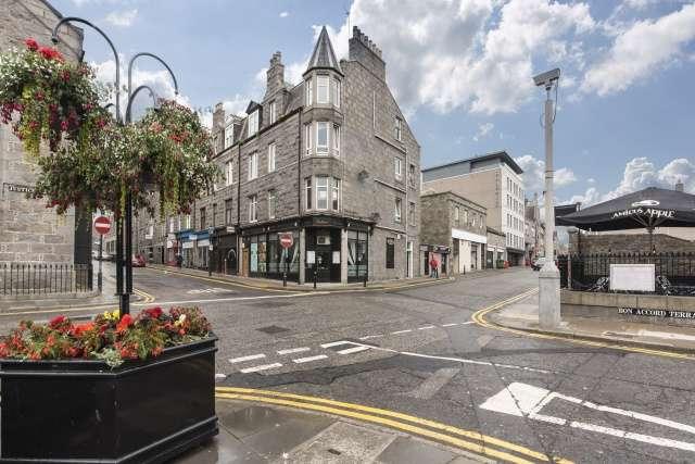 1 Bedroom Flat for sale in Langstane Place, Aberdeen, AB11 6EN
