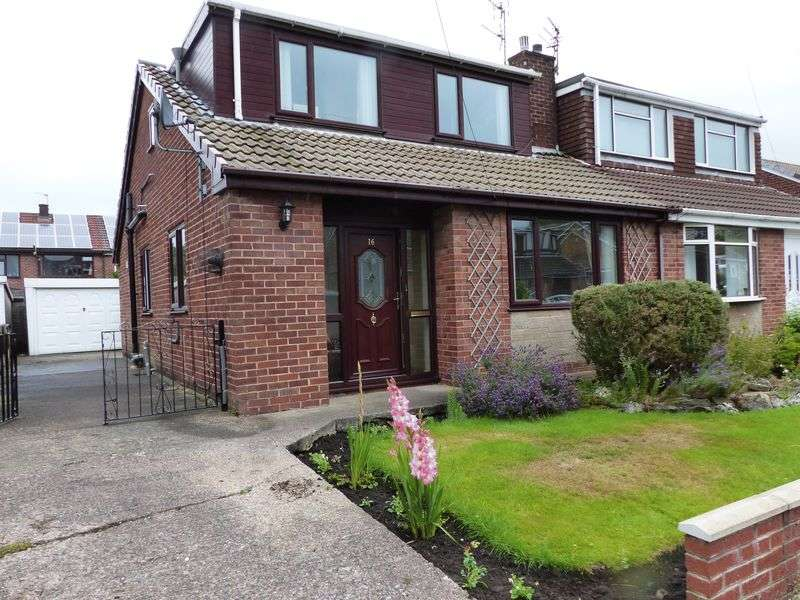 3 Bedrooms Semi Detached House for sale in Balmoral Avenue, Heyside, Royton