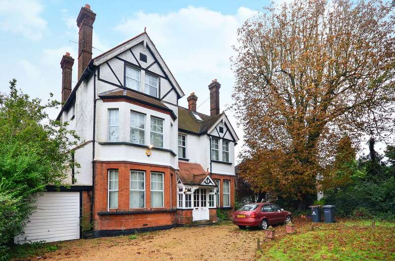 7 Bedrooms Detached House for sale in Bromley Road, Beckenham, BR3