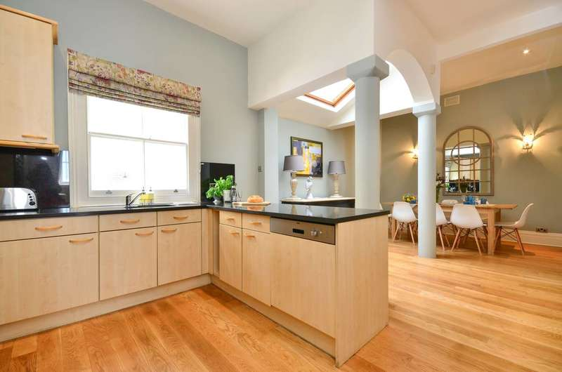 4 Bedrooms Terraced House for sale in Redfield Lane, Earls Court, SW5