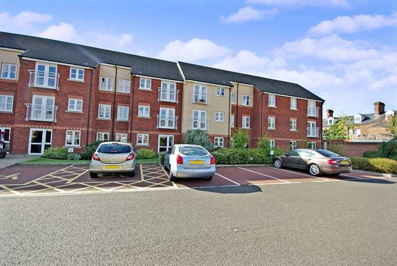 1 Bedroom Retirement Property for sale in Fairweather Court, Darlington, DL3 7TS