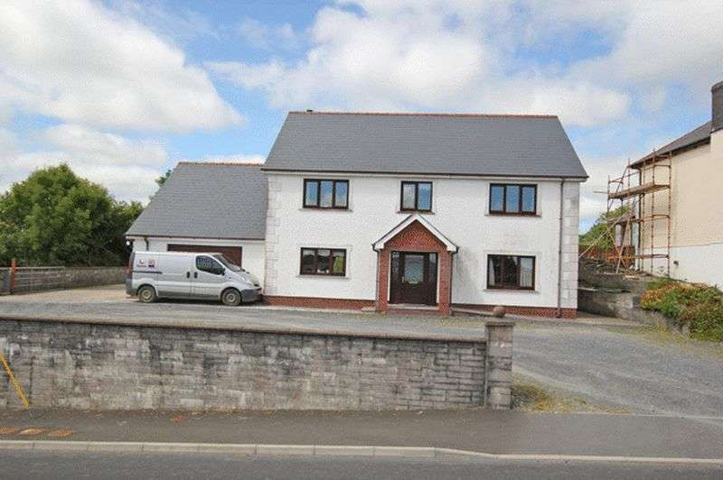 4 Bedrooms Detached House for sale in HERMON, CYNWYL ELFED