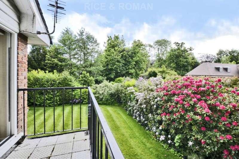 1 Bedroom Retirement Property for sale in Gunters Mead, Queens Drive, Oxshott