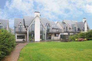 4 Bedrooms Detached House for sale in Allanfield, Auchterarder