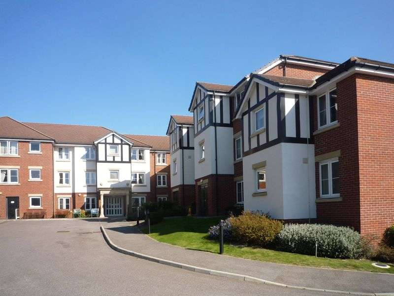 1 Bedroom Flat for sale in Hadlow Road, Tonbridge