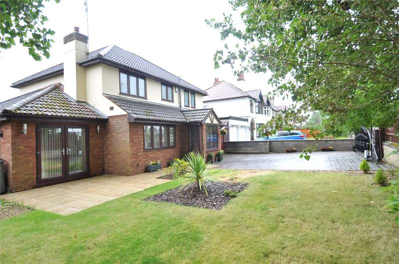4 Bedrooms Detached House for sale in South Drive, Upton, Wirral