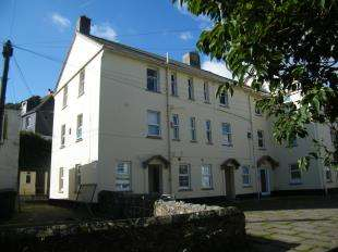 3 Bedrooms Flat for sale in Meadow Street, Mevagissey, Cornwall