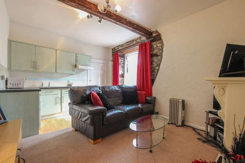 1 Bedroom Flat for sale in Flat 4, 27 Kirkland, Kendal