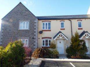 3 Bedrooms Terraced House for sale in Stryd Y Wennol, Ruthin, Denbighshire, LL15