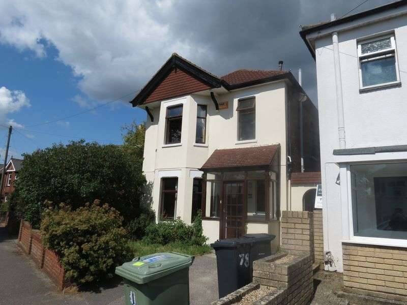 6 Bedrooms Detached House for rent in Pine Road, Bournemouth