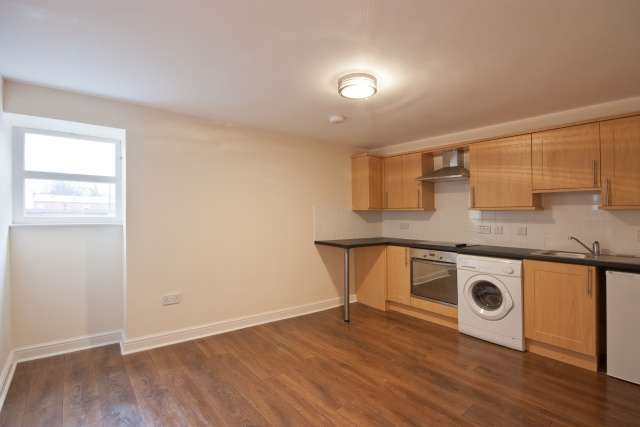 1 Bedroom Flat for sale in High Street, Haddington, East Lothian, EH41 3ES