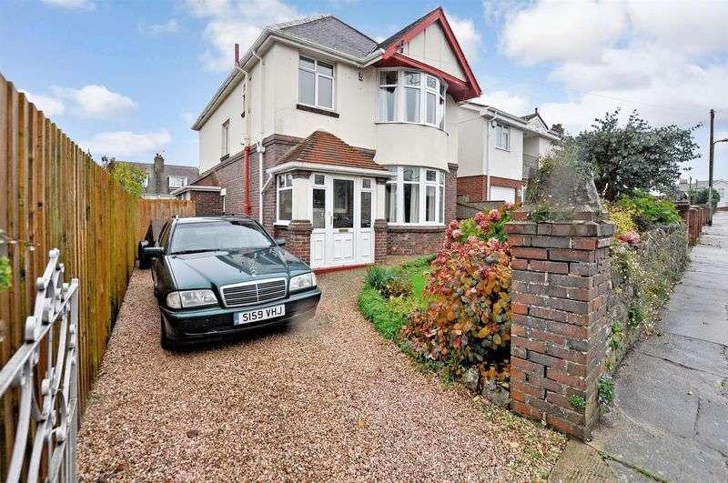 3 Bedrooms Detached House for sale in Hilton Drive, Preston, Paignton