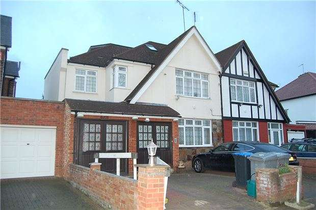 5 Bedrooms Semi Detached House for sale in Lindsay Drive, Kenton, HARROW, Middlesex, HA3 0TA