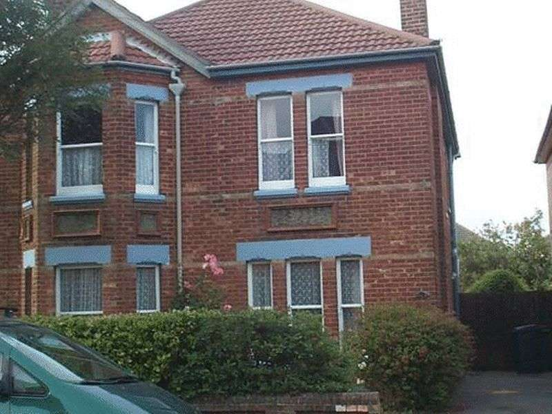 7 Bedrooms Detached House for rent in Kings Road, Bournemouth